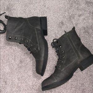 Women combat boots